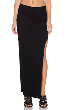Heather Rounded Slit Maxi Skirt in Black