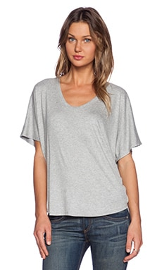 Heather Ribbed Shirttail Tee in Light Heather Grey