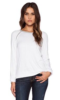 Heather Long Sleeve Raglan Top in White & Light Heather Grey