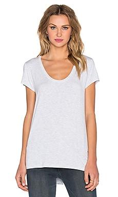 Простая футболка - Heather от REVOLVE