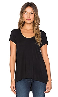 Heather Scoop Neck Tee in Black