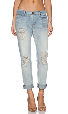 Hudson Jeans Leigh Boyfriend in Weekend Warrior