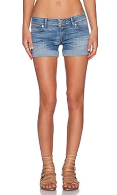 Hudson Jeans Croxley Mid Thigh Short in Hot Springs