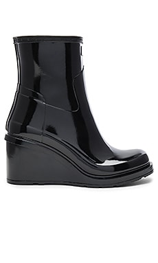 Original Refined Mid Wedge Boot in 黑色