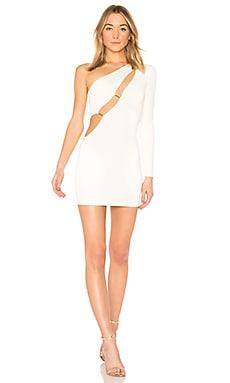 Фото - Мини-платье на одно плечо blanche - h:ours белого цвета
