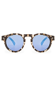 illesteva Leonard in White Tortoise & Blue Mirrored