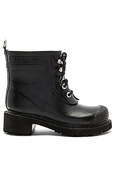 New Classic Boot in Black