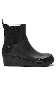 Buckle Rub Boot in Black