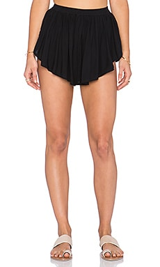 Indah Bee Flat Pleat Short in Black