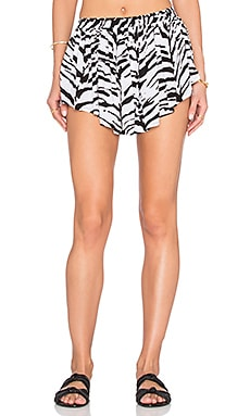 Bee Pleat Short in Black Bones