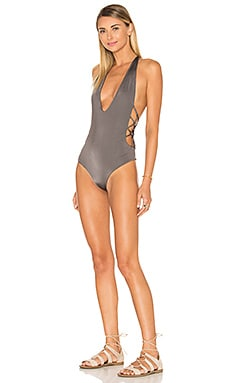 Pagoda One Piece in Bear