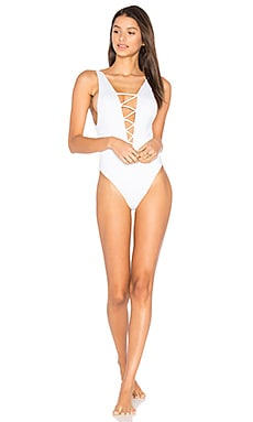 Rainey Lace Up One Piece en Blanc