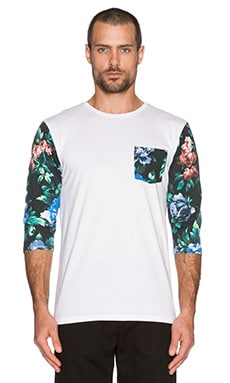 Insight Blue Note Raglan in Floral