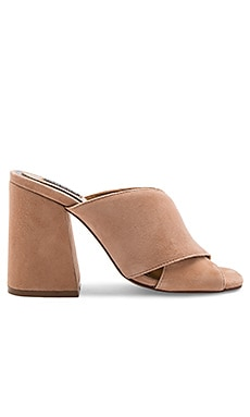 Hypnosis Wedge in Nude