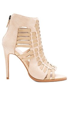Eidetic Heel in Nude