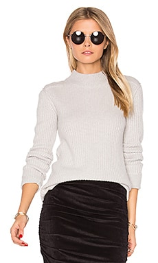 Cashmere Turtleneck Sweater in Pearl