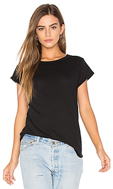 Curve Hem Tee in Black