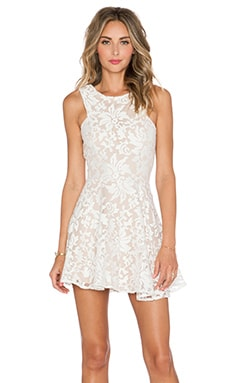 JARLO Shawe Dress in Ivory