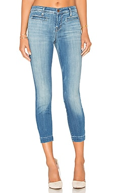 J Brand Skeyla Mid Rise Capri in Defined