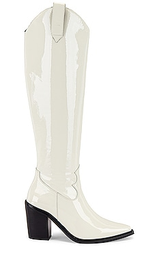 Rumoured Boot Jeffrey Campbell $155