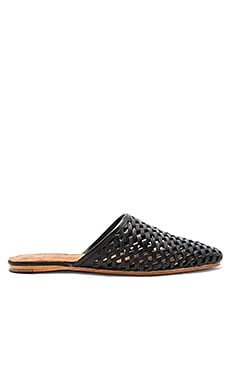 Doshi Slides in Black Woven