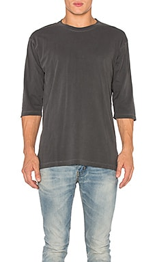 JOHN ELLIOTT Oversized 3/4 Sleeve Tee in Washed Black