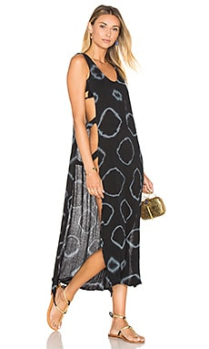 Capulet Cover Up Dress en Black & White Geo Tie-Dye