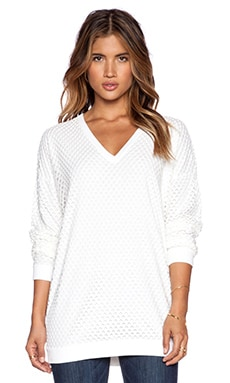 John & Jenn by Line Kai V Neck Pullover in Ivory