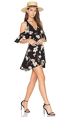 Cut Out Shoulder Mini Dress en Imprimé Noir