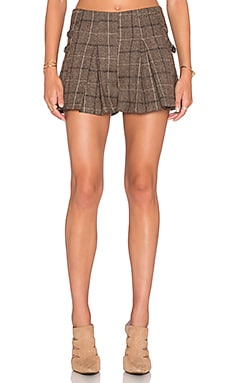 J.O.A. Side Buckle Plaid Pleated Short in Khaki Brown