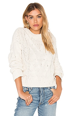 Long Sleeve Crew Neck Sweater in Elfenbein