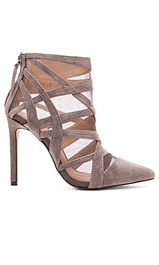 Joe's Jeans Dainty Heel in Dark Grey