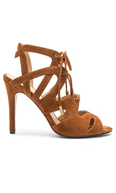 Calven Heel in Brown