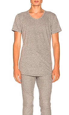 Curve U-Neck JOHN ELLIOTT $72 BEST SELLER