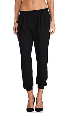 Joie Mariner Crepe Crop Pant in Caviar
