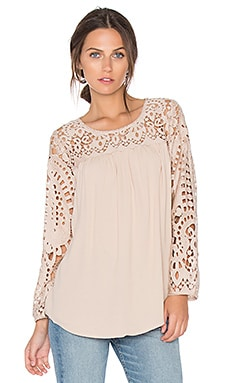 Lindy Lace Blouse en Amande