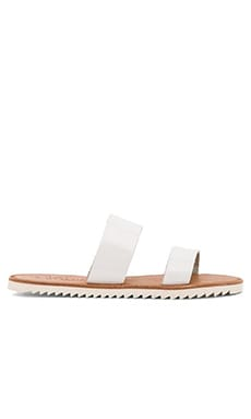 Joie A La Plage Avalon Sandal in White