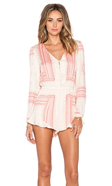 THE JETSET DIARIES Settle Down Romper in Peach & Coral Scarf Print