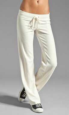 Juicy Couture Velour Collegiate Crest Pant in Angel