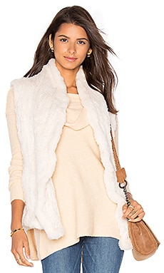 Shawl Rabbit Fur Vest in Ivory