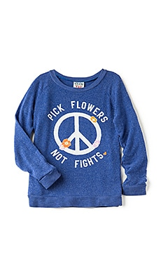 PICK FLOWERS NOT FIGHTS 티셔츠