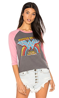 Wonder Woman Raglan Tee in Pepper & Faded Rose