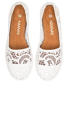 Kaanas Amalfi Lace Slip On in Clouds
