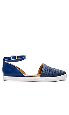 Kaanas St. Thomas Ankle Strap D'Orsay in Cobalt