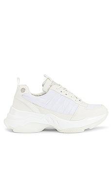 Logan 2.0 Sneaker KENDALL + KYLIE $95