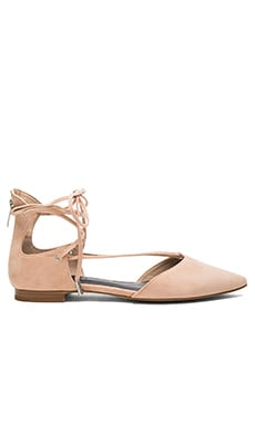 KENDALL + KYLIE Sage Flat in Light Pink Suede