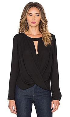 Long Sleeve Boatneck Surplice Blouse en Noir