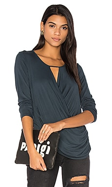 Ruched Surplice Top en Newport