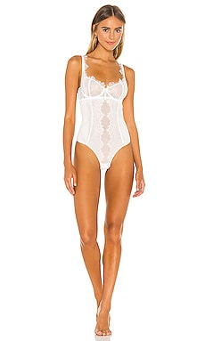BODY KISSKILL $140