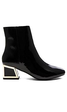 Daphne Boot